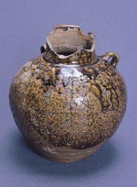 聖母宮の茶壺