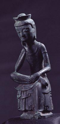 銅造弥勒菩薩半跏思惟像